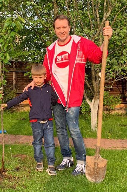Евгений Миронов с сыном Петей