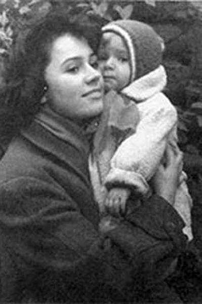 Первая жена Стрельцова и его дочь Людмила