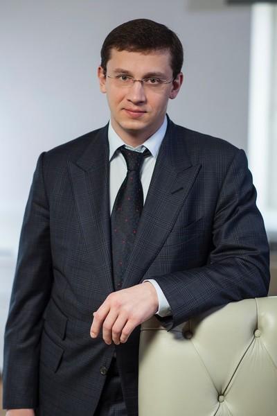 Феликс Евтушенков женат и воспитывает четверых детей