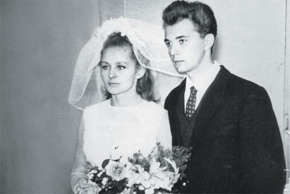 Первым возлюбленным звезды был коллега Геннадий Чертов
