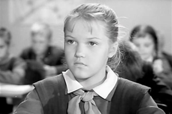 Свою первую роль Проклова сыграла в картине «Звонят, откройте дверь»