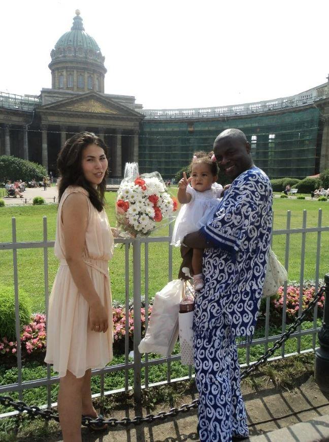 Лед и пламя: девушка из Чукотки вышла замуж за африканца. Вот как выглядит их дочь