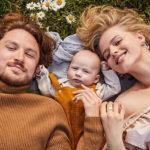 68322 Александра Бортич опубликовала первый семейный портрет с новорожденным сыном