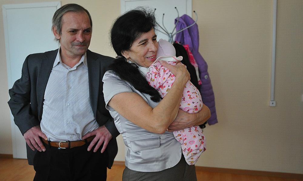 Галина Шубенина стала мамой в 60 лет. Как живет и выглядит ее дочь, которой уже 5 лет