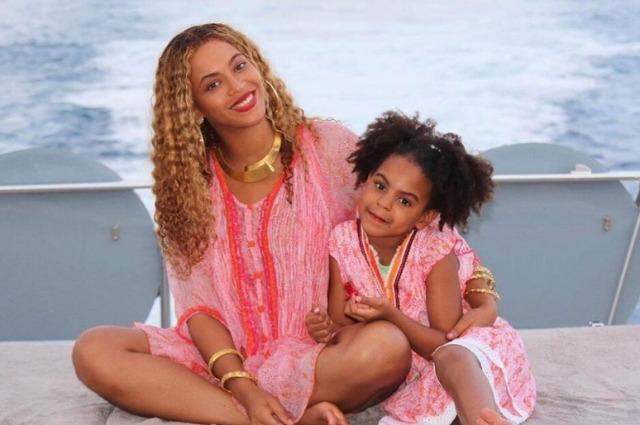 Бейонсе с дочкой