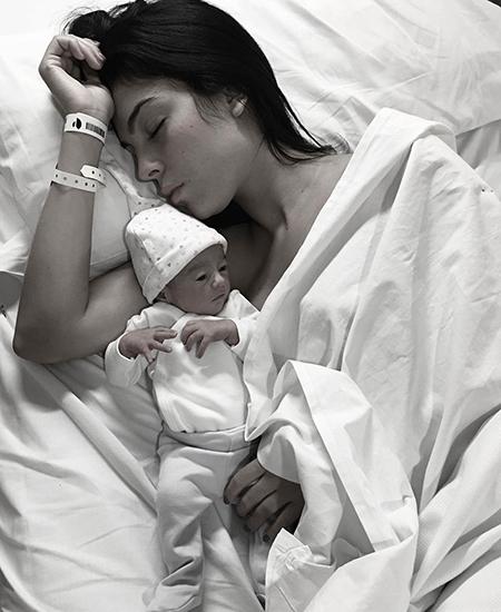 Джорджина Родригес с дочерью Аланой Мартиной