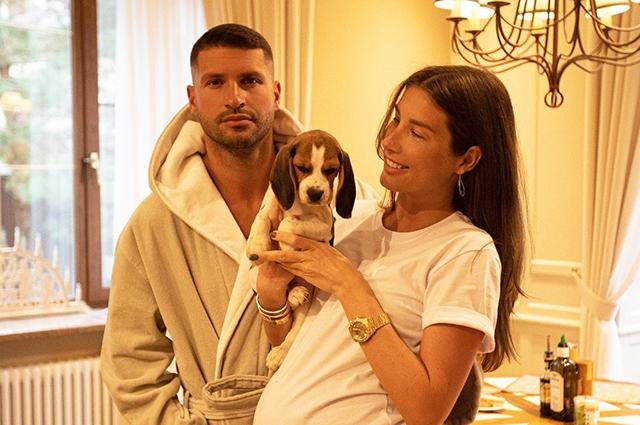 Беременная Кети Топурия опубликовала редкое фото с возлюбленным Львом Деньговым