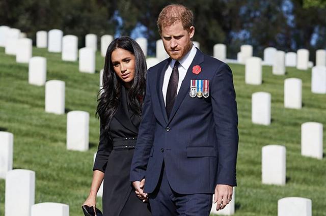 78749 Меган Маркл и принц Гарри почтили память павших британских солдат в Лос-Анджелесе