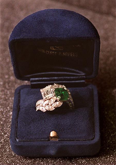 Помолвочное кольцо Жаклин Кеннеди