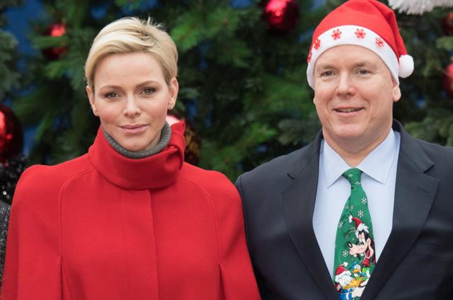 Королевская семья Монако представила рождественскую открытку: видео
