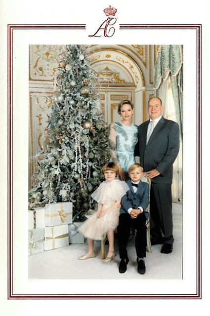 Княгиня Шарлен и князь Альбер II с детьми принцем Жаком и принцессой Габриэллой