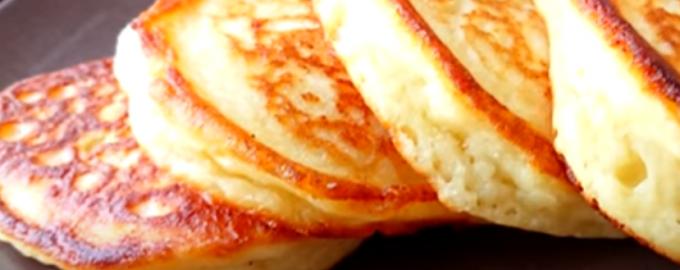 81302 Пышные и нежные творожные оладьи: не успеваю снимать со сковородки