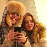 81775 Зимняя сказка: Наталья Водянова вместе с детьми гостит у друзей в Москве