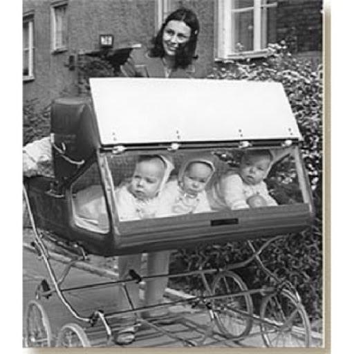 Странные и даже страшные детские коляски и колыбельки из прошлого
