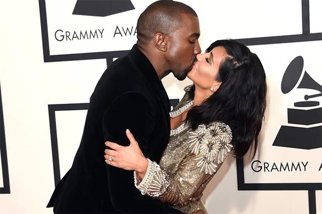 Ким Кардашьян и Канье Уэст разводятся: вспоминаем самые яркие выходы пары и трогательные семейные снимки