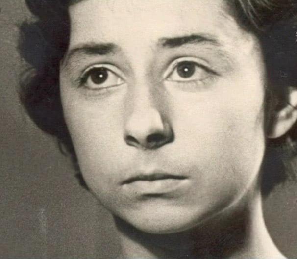Харизматичная Лия Ахеджакова. Как выглядела актриса в юности?