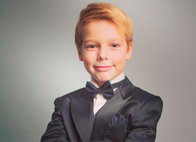 Старшему сыну Аршавина и Барановской уже 15 лет, парень вырос настоящим красавцем