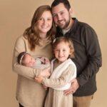 89635 Уникальный случай: в США родилась девочка на два года младше своей мамы