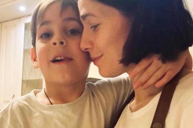 Юлия Снигирь с сыном Федором