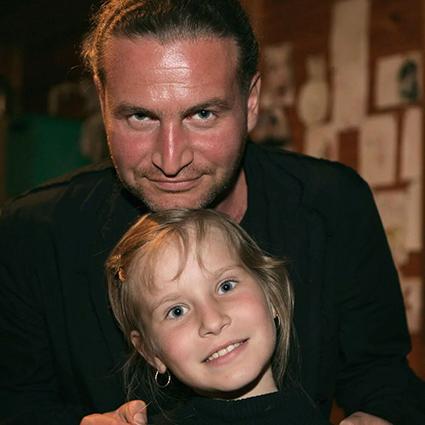 Леонид Агутин с маленькой дочерью Полиной