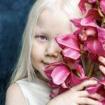 95098 Белоснежка существует: девочка-альбинос покоряет модельные агентства мира