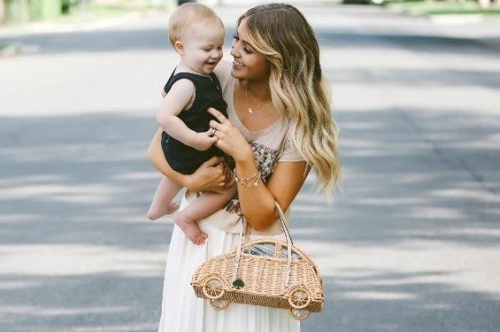 97491 Что надеть маме на прогулку с ребенком, чтобы выглядеть стильно