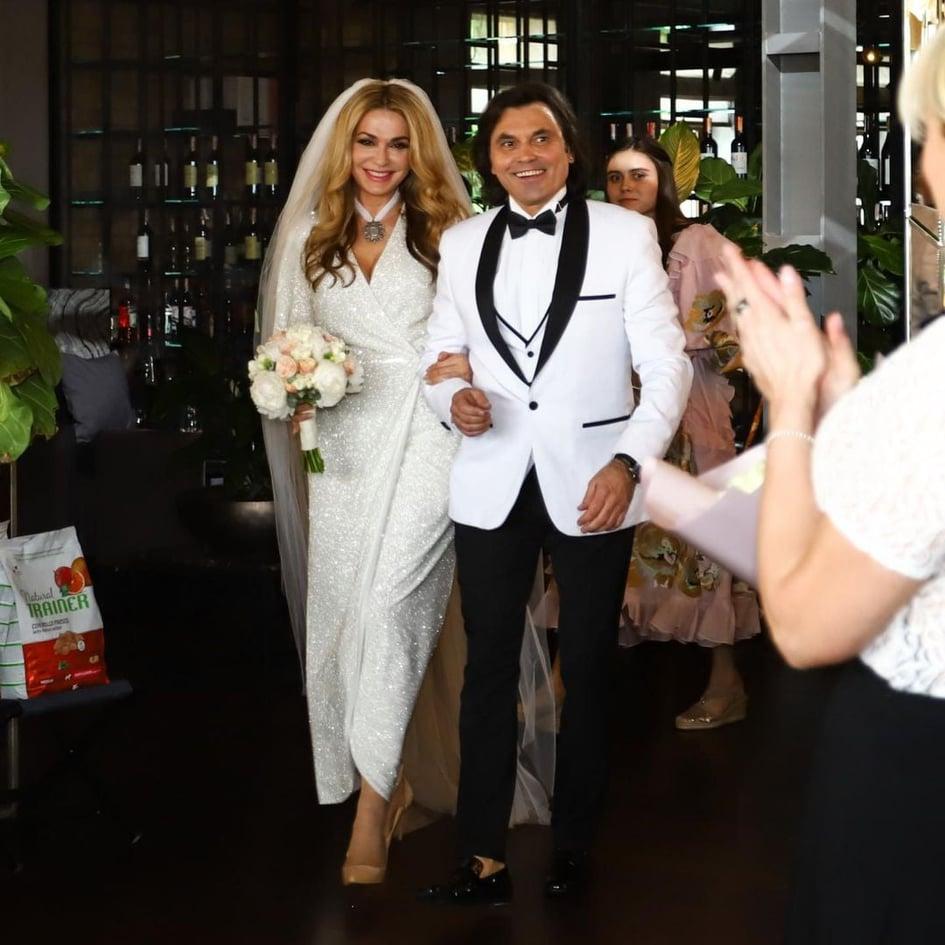 98372 Первые кадры со свадьбы 54-летней Сумской появились в Сети