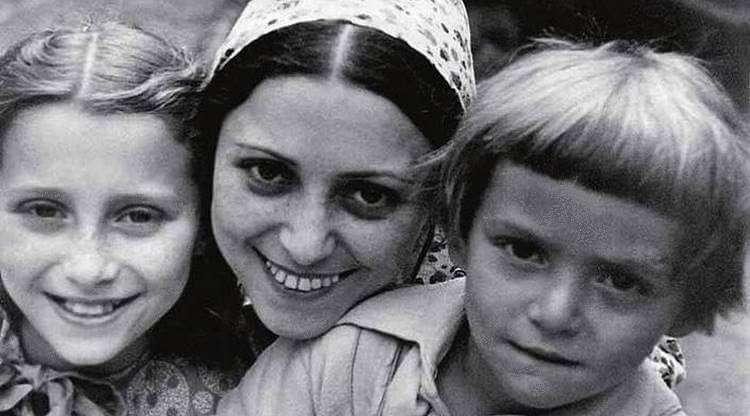 102486 Мать Майи Плисецкой, Рахиль Мессерер