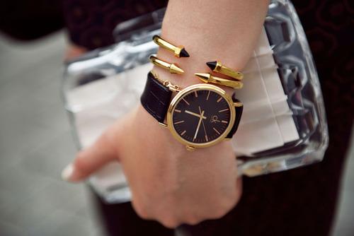 102559 На что обращать внимание, выбирая женские часы