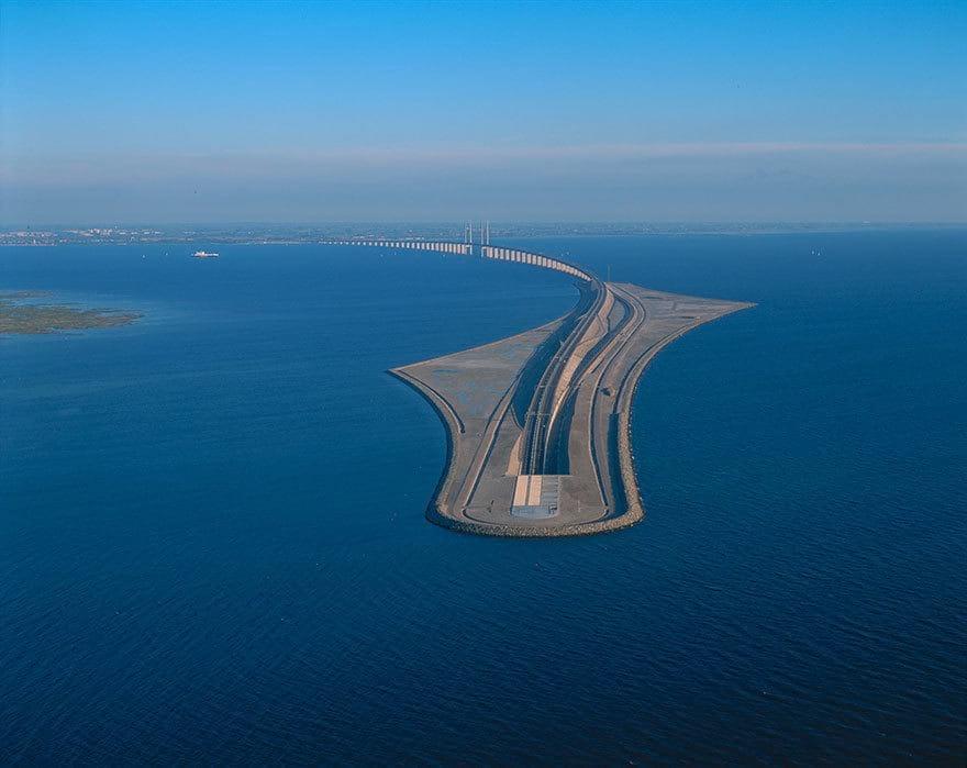 101895 Уникальный мост, который превращается в подводный тоннель, соединяя Данию и Швецию